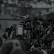Médias - foule